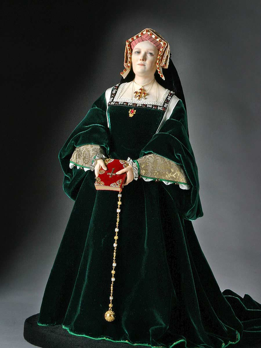 Full length color image of Catherine of Aragon aka. Catalina de Aragón, by George Stuart.