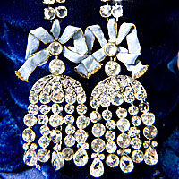 Countess de la Motte (necklace) Left View