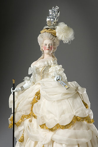 Portrait length color image of Marie Antoinette (at court) aka.