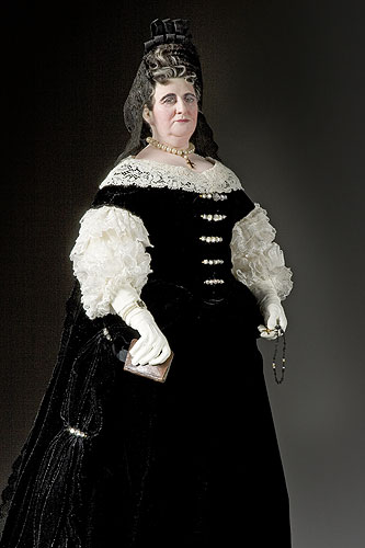Portrait length color image of Françoise d'Aubigné, Marquise de Maintenon aka. Madame Scarron, by George Stuart.