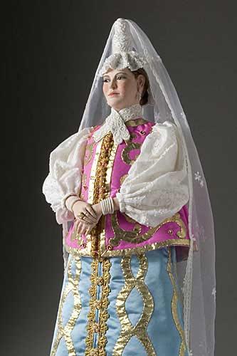 Portrait length color image of Natalia Naryshkina aka. Ната́лья Кири́лловна Нары́шкина, by George Stuart.