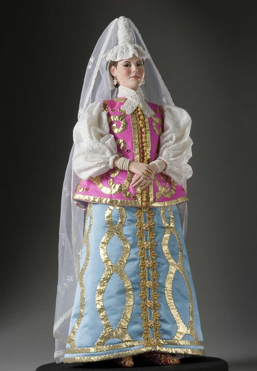 Full length color image of Natalia Naryshkina aka. Ната́лья Кири́лловна Нары́шкина, by George Stuart.