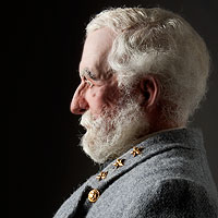 Right closup color image of Robert E. Lee aka.