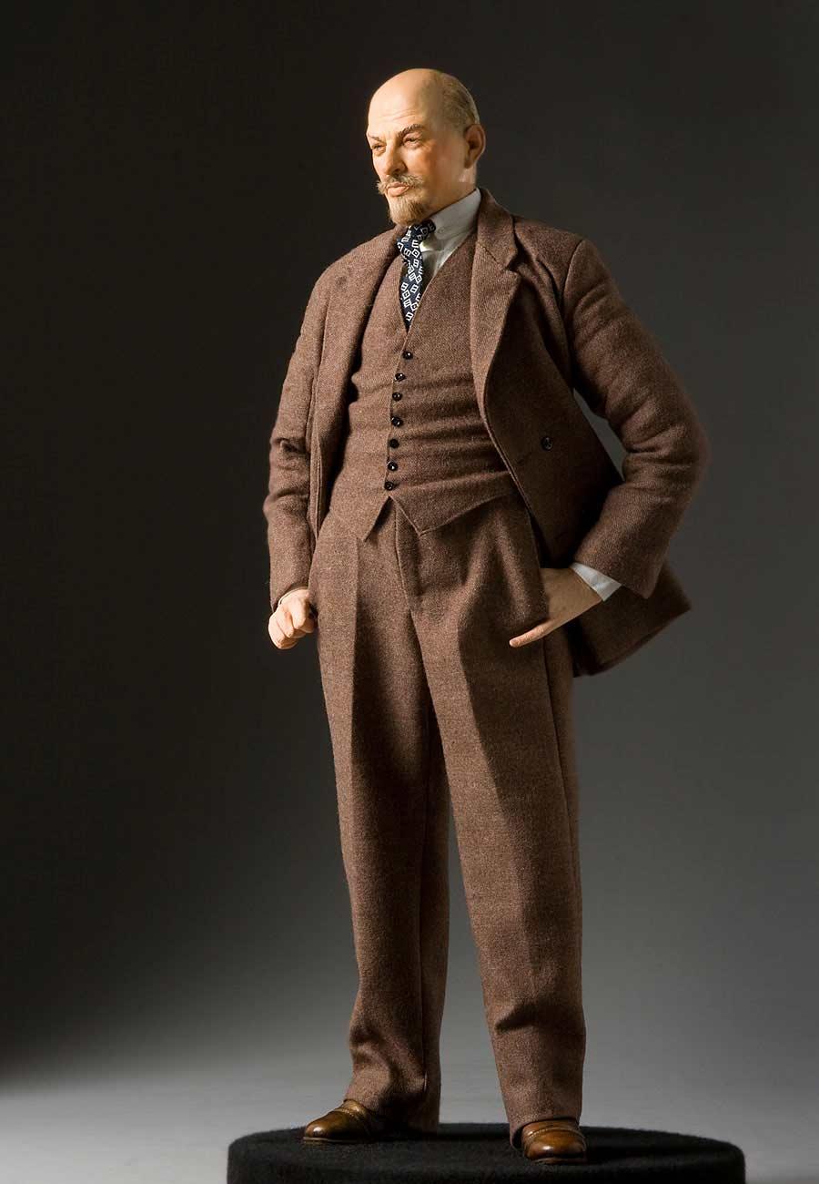 Full length color image of Vladimir Lenin aka. Владимир Ильич Ленин, Vladimir Ilyich Ulyanov , by George Stuart.