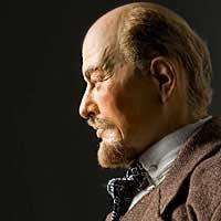 Right closup color image of Vladimir Lenin aka. Владимир Ильич Ленин, Vladimir Ilyich Ulyanov , by George Stuart.